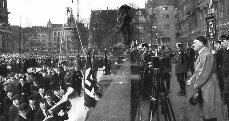 Blatthaller, Hitler